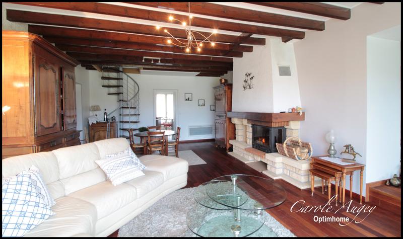 Maison de maître de 151  m2 - Cézac (33620)