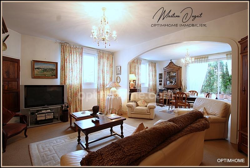 Appartement de 122  m2 - Vichy (03200)