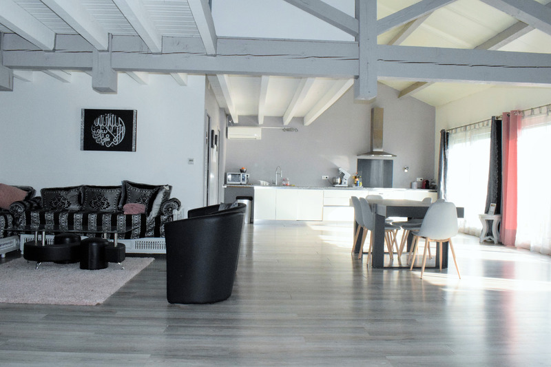 Appartement mezzanine de 161  m2 - Castres (81100)