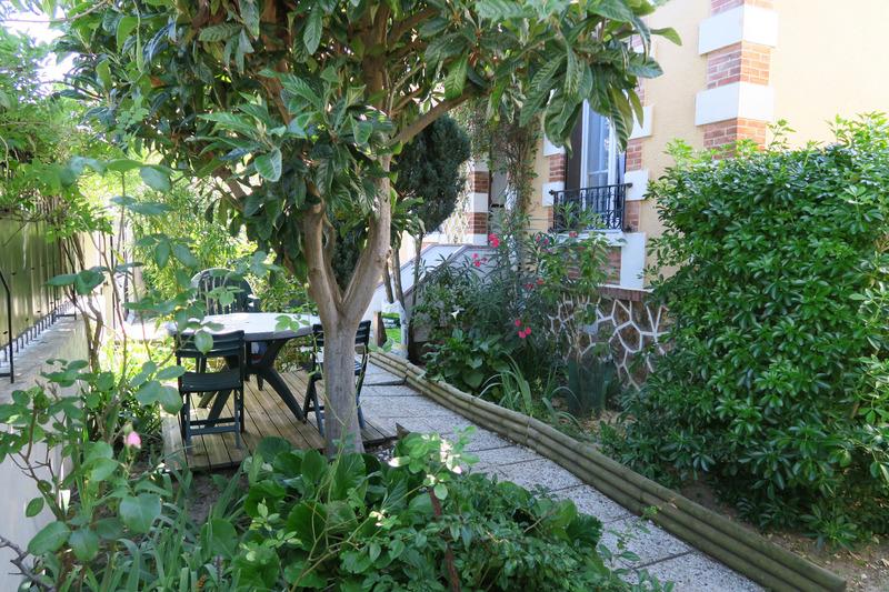 Maison de 101  m2 - Nanterre (92000)