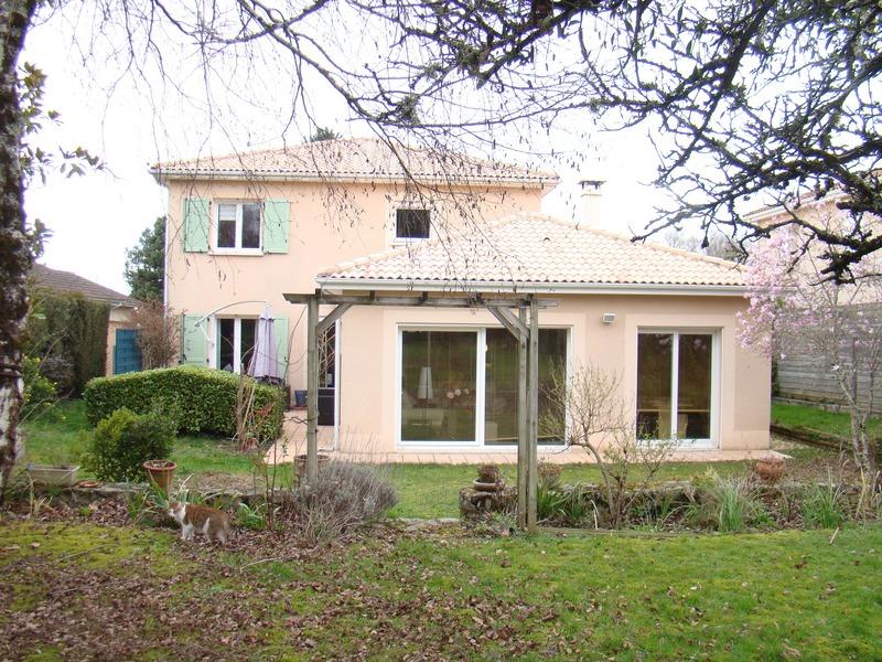 Maison de 164  m2 - Panazol (87350)