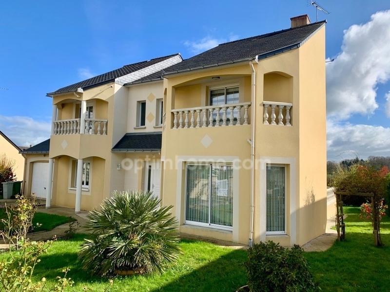 Maison contemporaine de 199  m2 - Châteaubriant (44110)