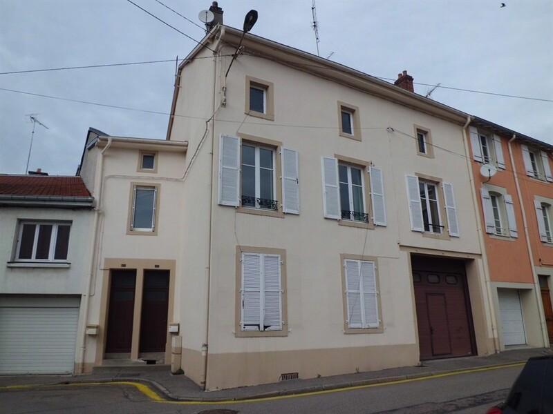 Immeuble de 0  m2 - Charmes (88130)