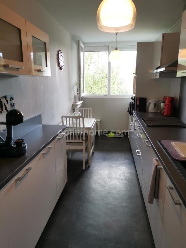 Appartement de 88  m2 - Élancourt (78990)