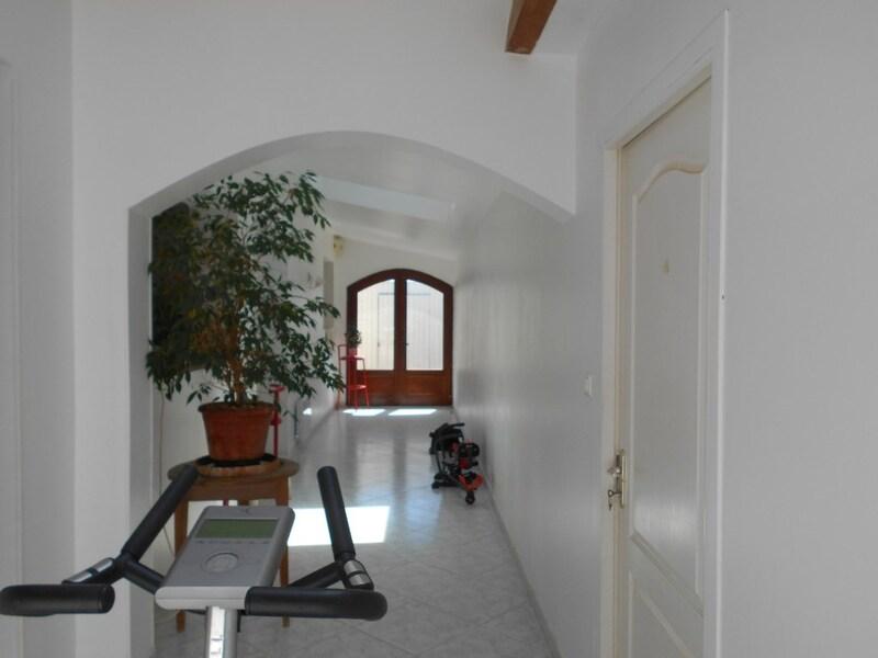Maison de 255  m2 - Pépieux (11700)