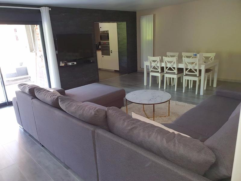 Maison contemporaine de 254  m2 - Mons-en-Baroeul (59370)