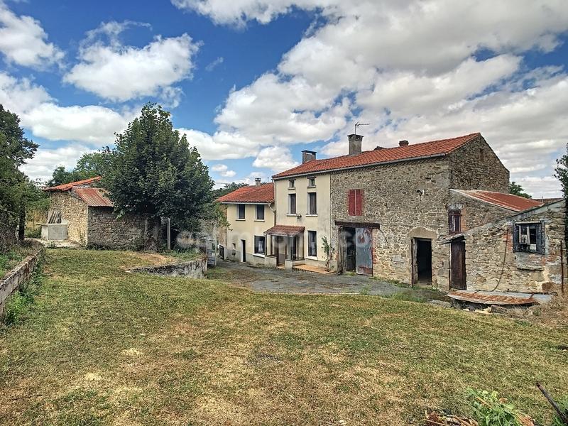 Corps de ferme de 90  m2 - Châteauponsac (87290)