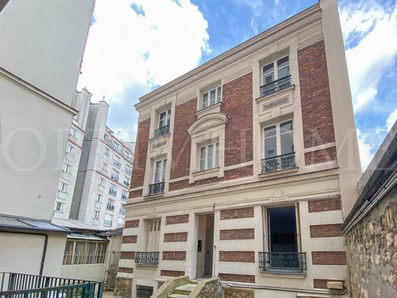 Immeuble de   m2 - Paris (75014)