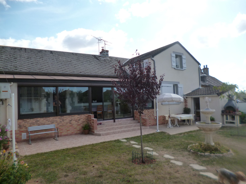 Maison rénovée de 254  m2 - Bourbon-Lancy (71140)