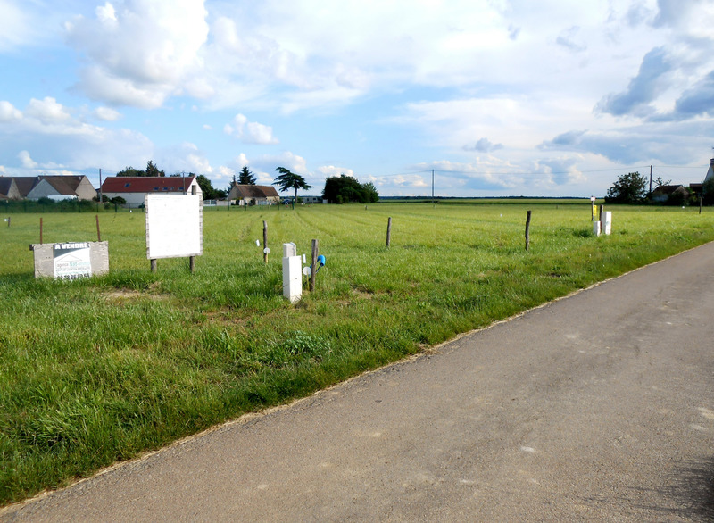 Terrain constructible de   m2 - La Selle-sur-le-Bied (45210)