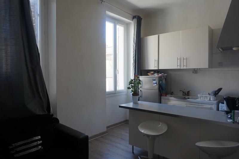 Appartement ancien de 28  m2 - Marseille (13004)