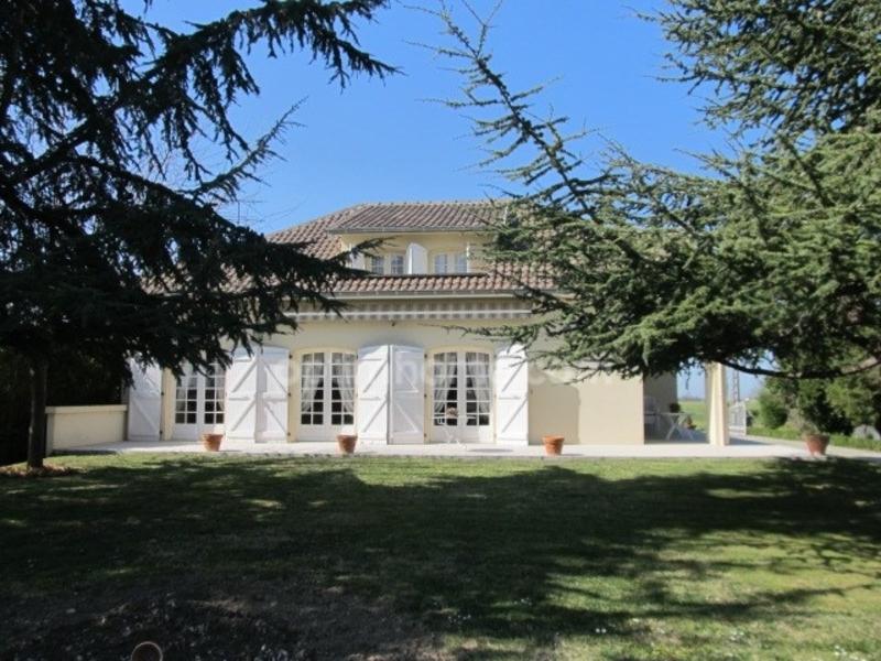 Maison de 252  m2 - Mondonville (31700)