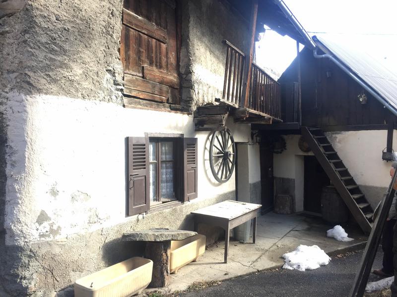 Maison à rénover de 46  m2 - Saint-Martin-de-Queyrières (05120)