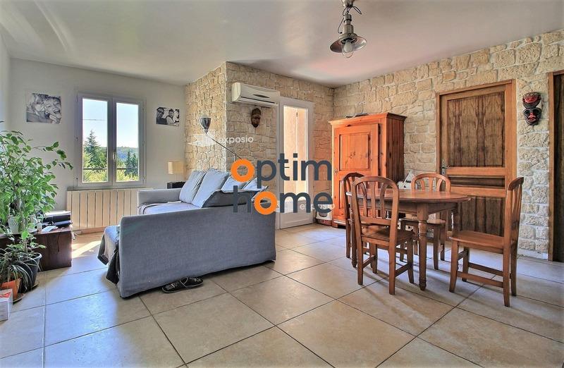 Appartement rénové de 67  m2 - Gréoux-les-Bains (04800)