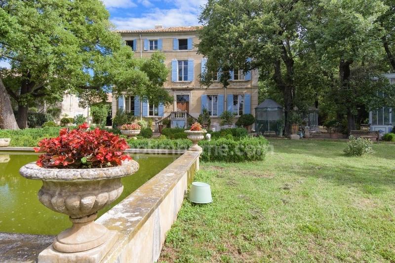 Domaine de 375  m2 - Le Pontet (84130)