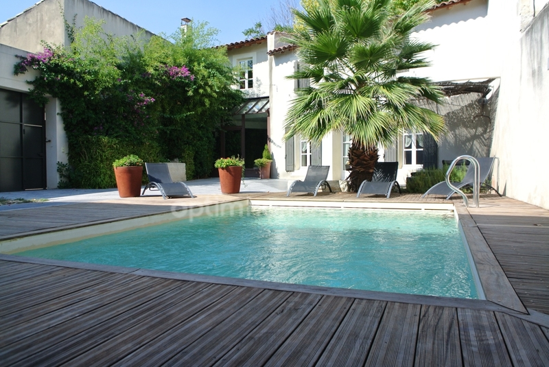 Maison de 230  m2 - Eyragues (13630)