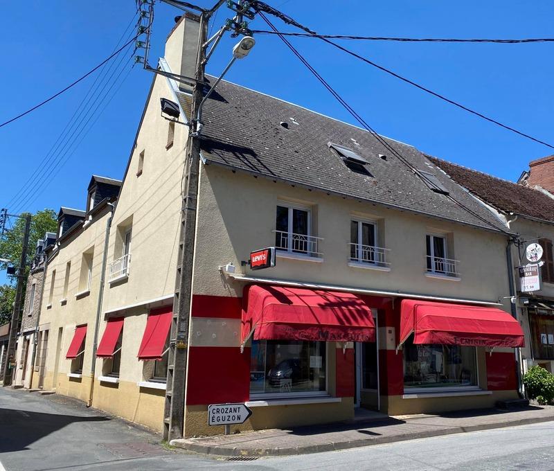 Maison de ville de 285  m2 - Dun-le-Palestel (23800)