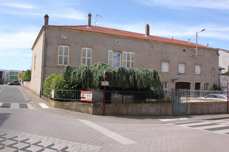 Maison de maître de 500  m2 - Marly (57155)
