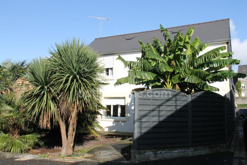 Maison de 137  m2 - Saint-Hilaire-du-Harcouët (50600)