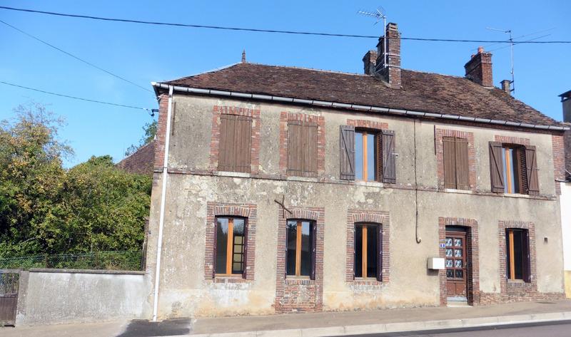 Maison de 112  m2 - Arces-Dilo (89320)