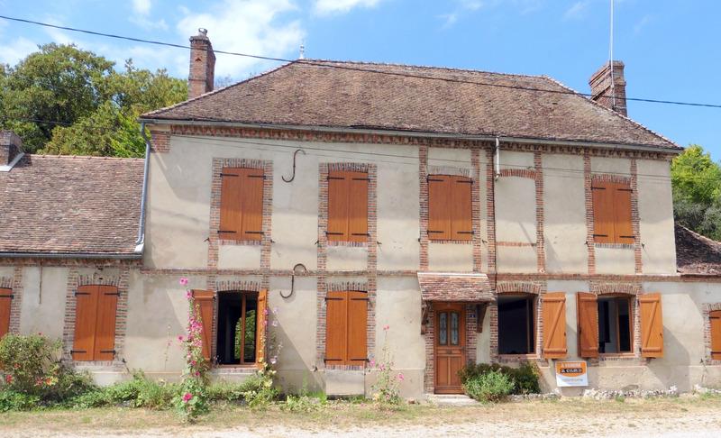 Corps de ferme de 180  m2 - Villiers-Louis (89320)