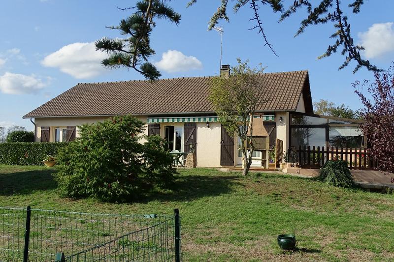 Maison semi plain-pied de 135  m2 - Trévol (03460)