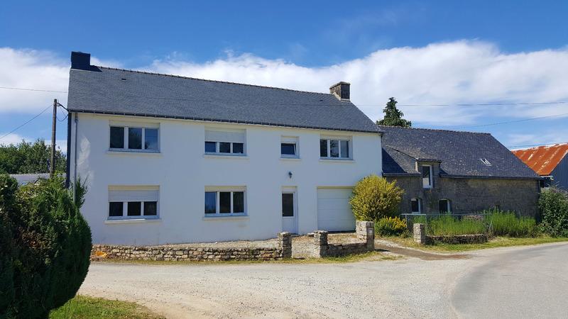 Maison en pierre de 125  m2 - Guern (56310)