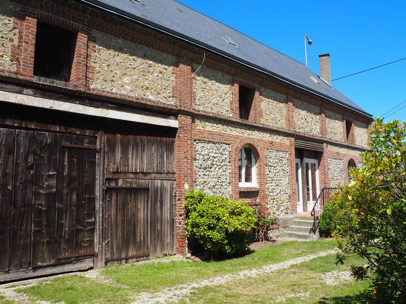 Maison de caractère de 80  m2 - Beuzeville (27210)