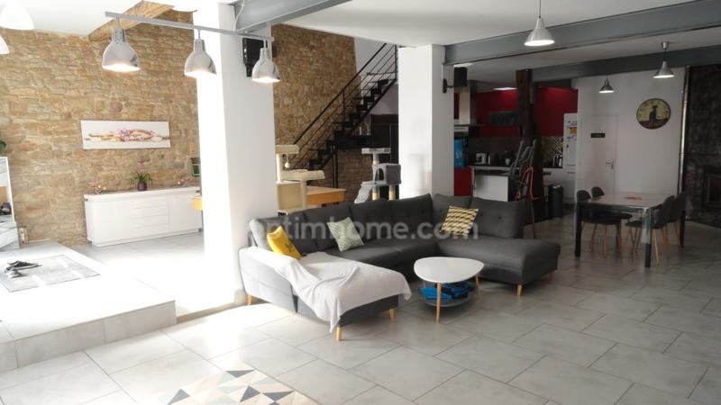 Maison loft de 200  m2 - Vesoul (70000)