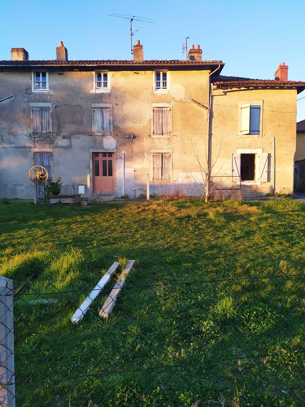 Immeuble de rapport de   m2 - Saint-Junien (87200)