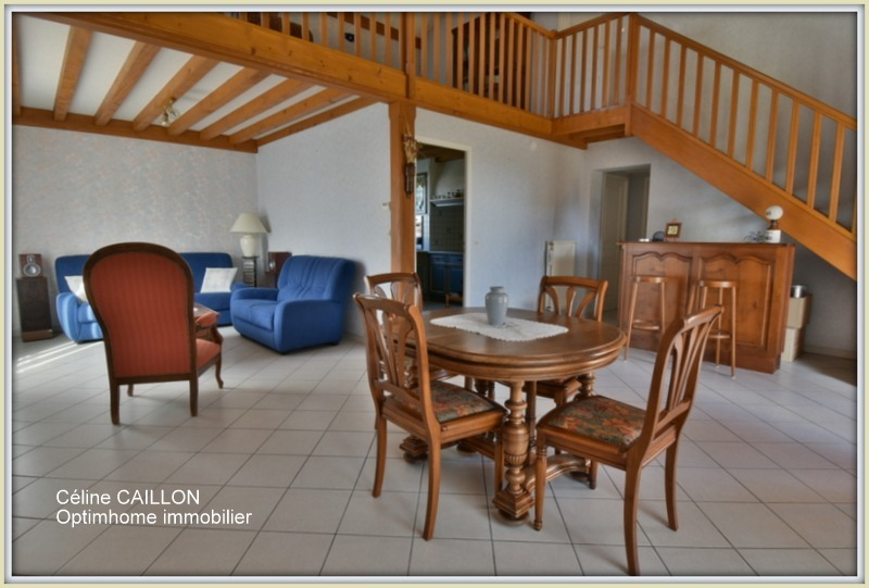 Maison de 107  m2 - Saint-Denis-lès-Bourg (01000)