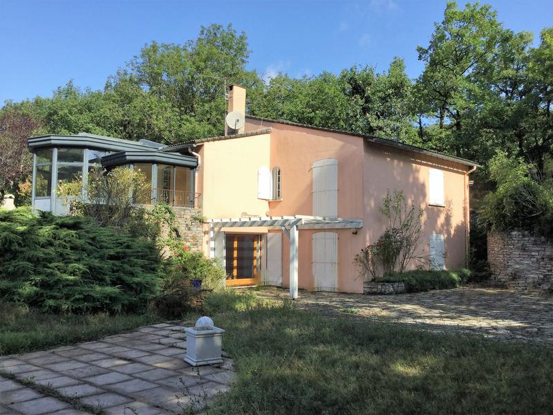 Maison individuelle de 300  m2 - Courniou (34220)