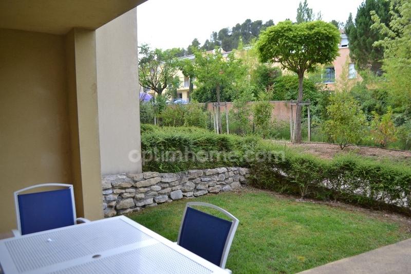 Appartement en résidence de 35  m2 - Gréoux-les-Bains (04800)
