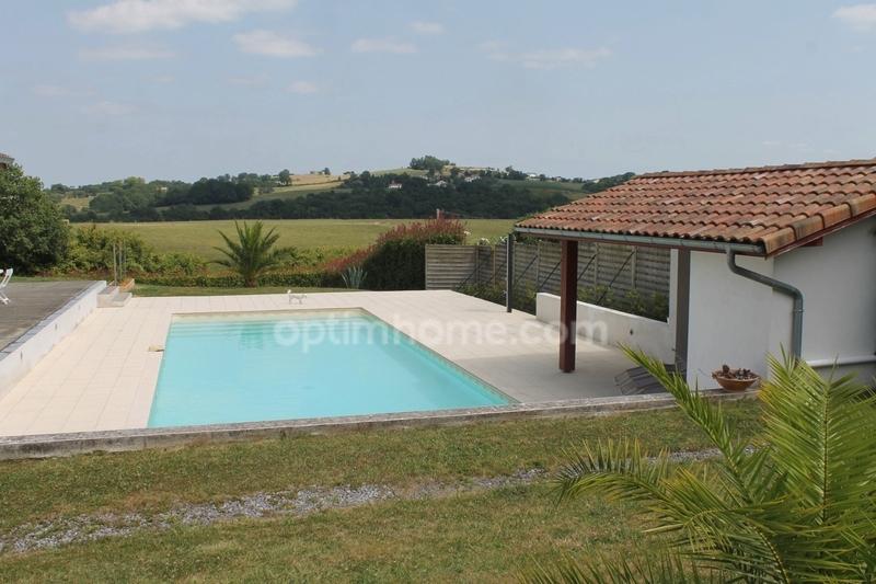 Villa de 132  m2 - Bidache (64520)