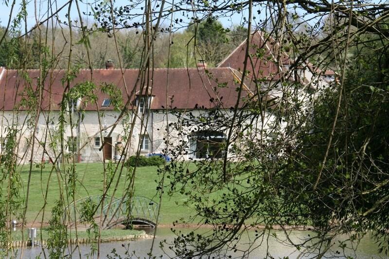 Corps de ferme de 300  m2 - Nesles-la-Vallée (95690)