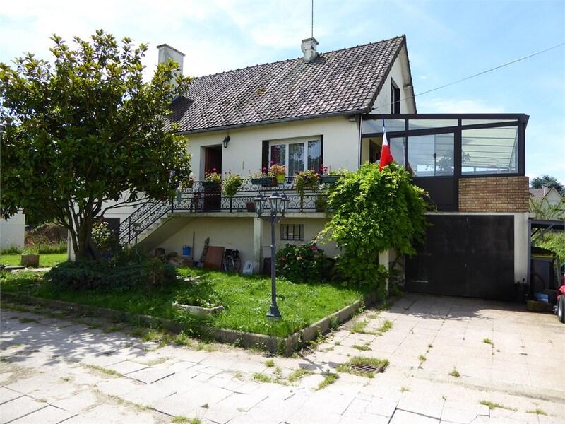 Maison de 185  m2 - Septeuil (78790)
