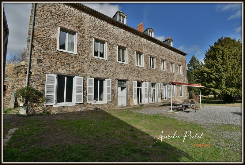 Moulin de 444  m2 - Massiac (15500)