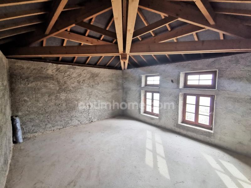 Appartement à rénover de 180  m2 - Épinal (88000)