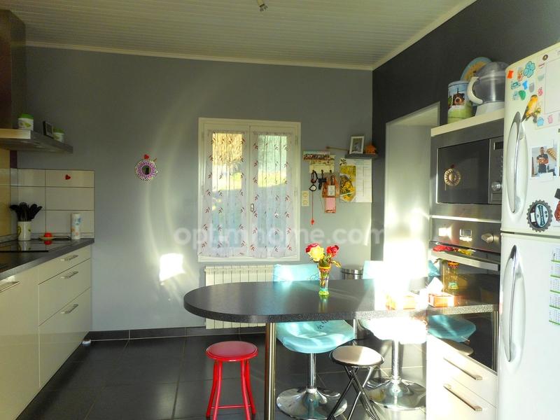 Maison de 120  m2 - Firmi (12300)