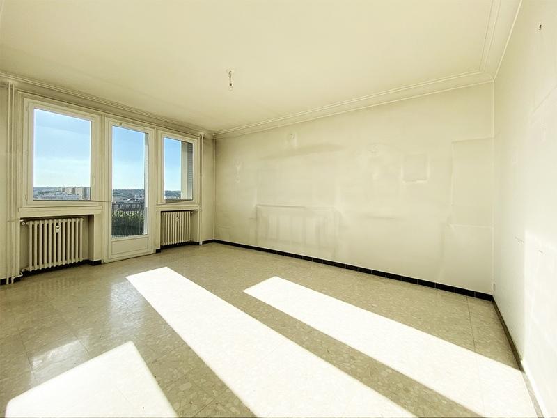 Appartement en résidence de 87  m2 - Saint-Étienne (42100)