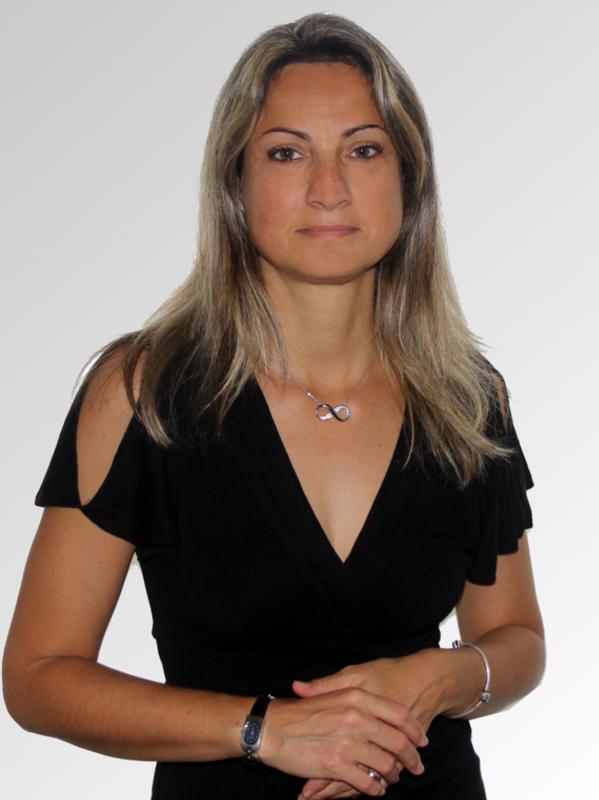 Estelle THUILLIER