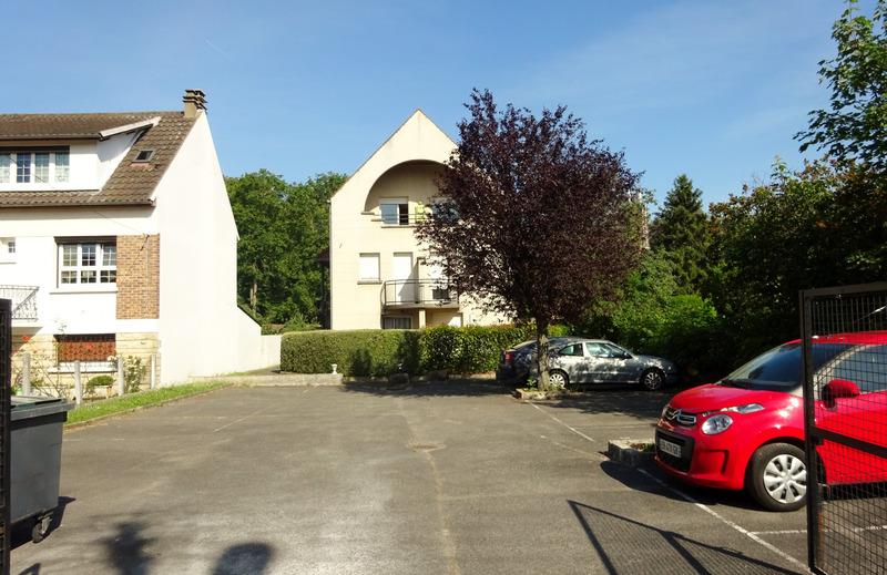 Appartement de 25  m2 - Chilly-Mazarin (91380)