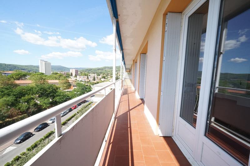 Appartement en résidence de 85  m2 - Draguignan (83300)