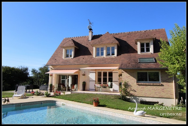 Maison de 152  m2 - Deauville (14800)