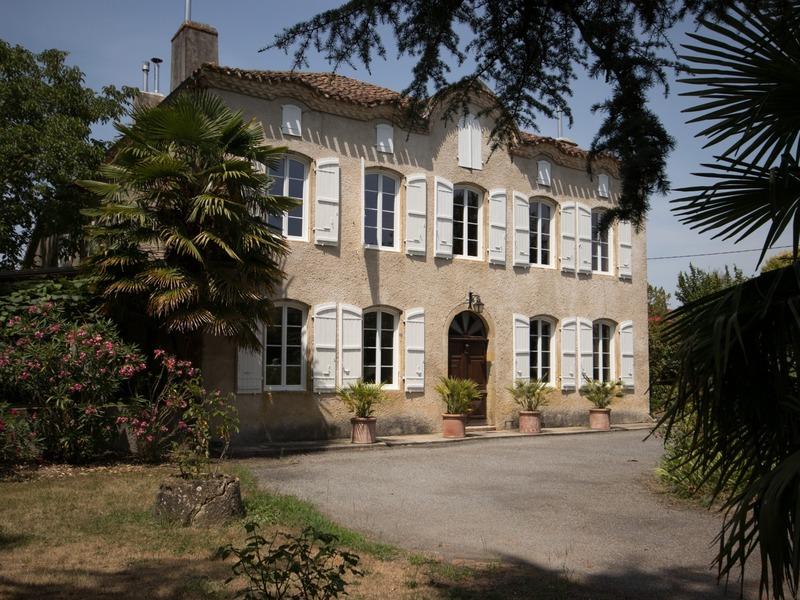 Maison bourgeoise de 350  m2 - Plaisance (32160)