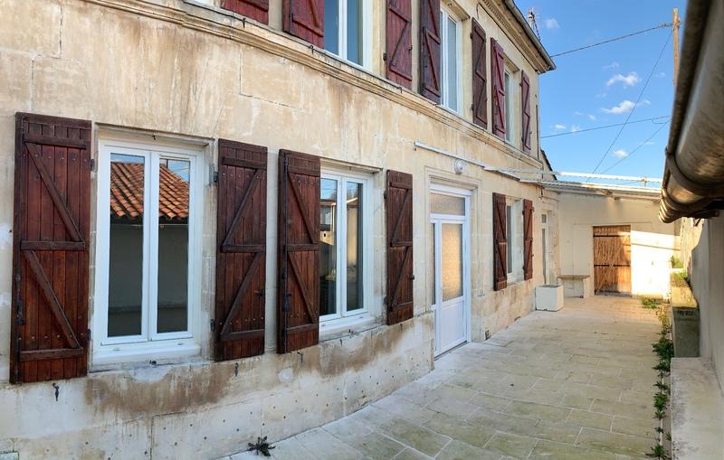 Maison en pierre de 140  m2 - Cognac (16100)