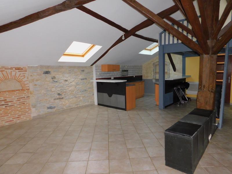 Appartement de 64  m2 - Bidache (64520)