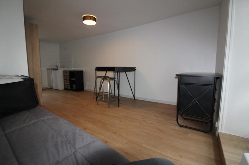 Appartement rénové de 22  m2 - La Roche-sur-Yon (85000)