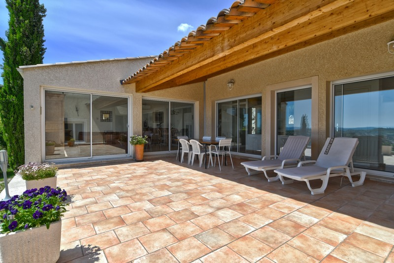 Villa d'architecte de 152  m2 - Manosque (04100)