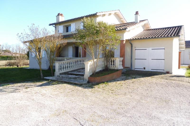 Maison de 245  m2 - Muret (31600)